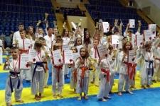 Udany występ skarżyskich karateków podczas Świętokrzyskiej Ligi Karate w Kielcach
